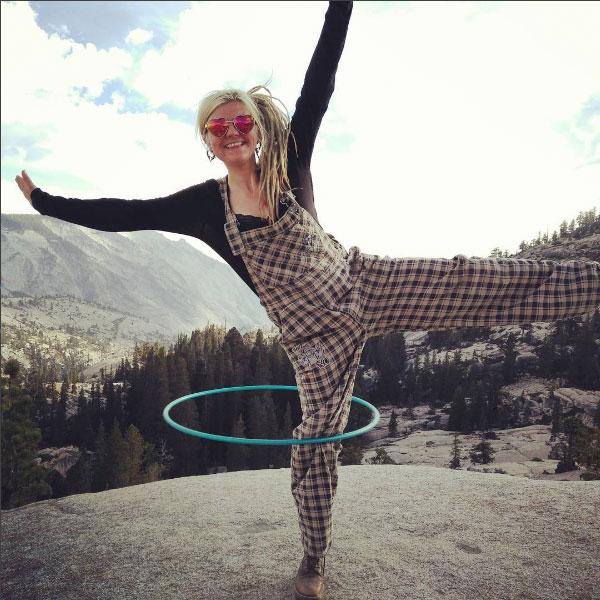 Ryn Hooligan | Fire & hoop performer, entertainer | Workshops & classes