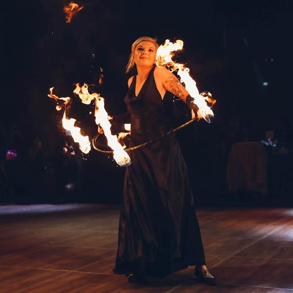 Fire Hoop Entertainment | Ryn Hooligan