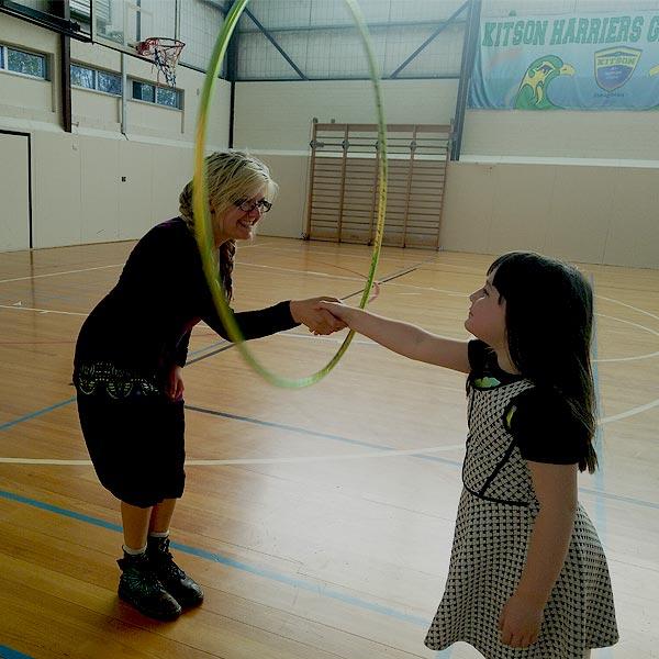 Kids Hula Hoop Workshop | Kids Entertainment | Ryn Hooligan